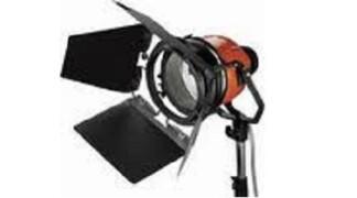 Ianiro Varibeam 800/1000w lampada alogena 3200°K – Noleggio/Rental